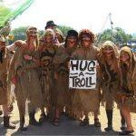 Trolls, free hugs